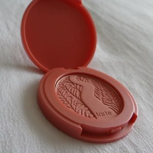 5 for $25!! Tarte Amazonian clay blush